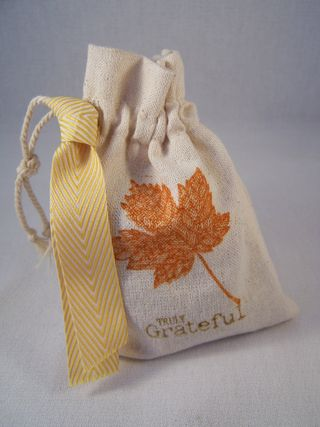 Magnificent Maple Mini Muslin Bag