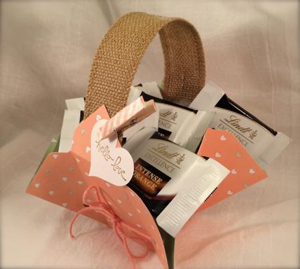 DIY Paper Gift Basket