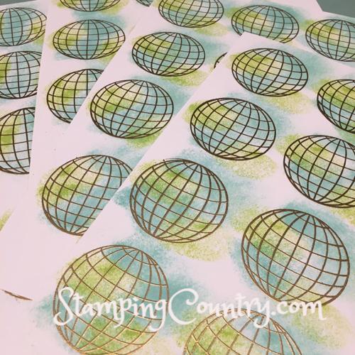 Sponging Globes
